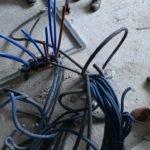 sorties de câbles électriques